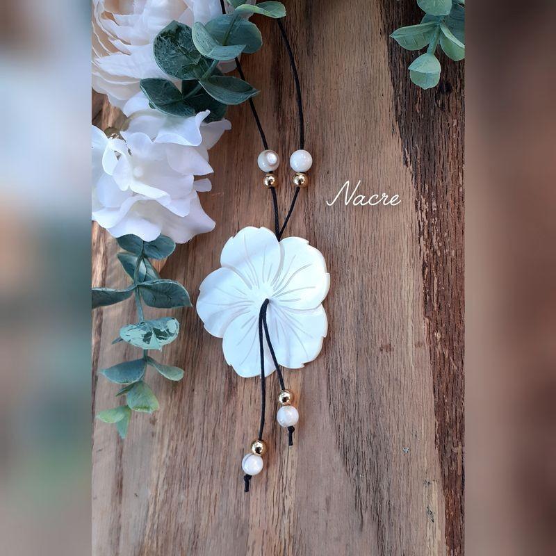 Collier Grande Fleur Nacre
