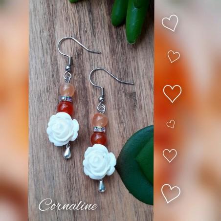 Boucles d'oreilles Cornaline, Rose blanche