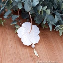 Grandes Créoles Fleur en Nacre