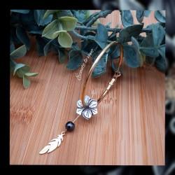 Créoles Nacre petites fleurs
