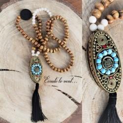 Sautoir perle indonésienne symbole Om