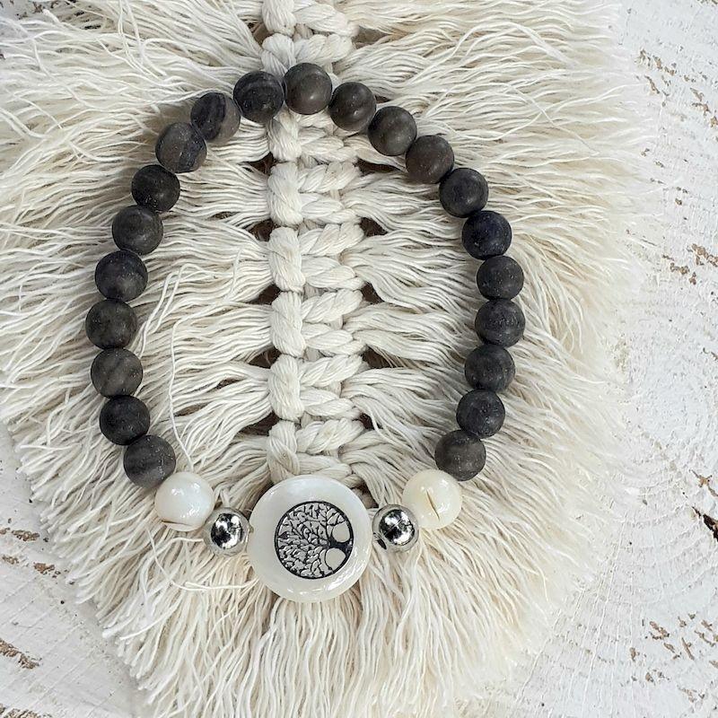 Bracelet bois fossile, nacre et médaillon nacre arbre de vie