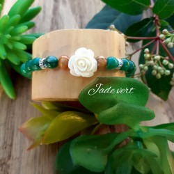 Bracelet jade vert, Rose blanche